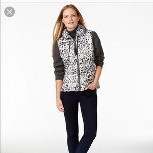 Calvin Klein puffy leopard print vest XL